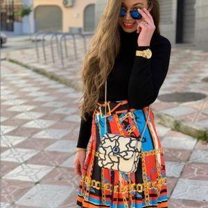 Bloggers favorite Zara chain print skirt